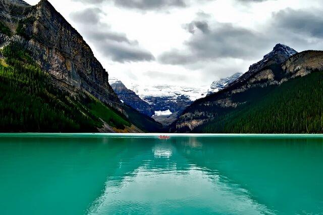Озеро Луиз в Канаде - фото, описание, интересные факты