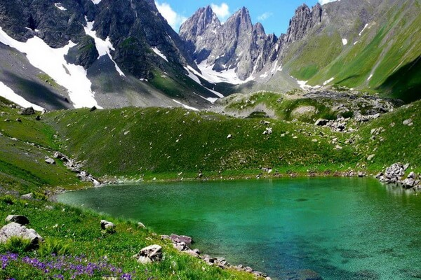 Маршруты походов по Грузии с фото и описанием мест - Красочные озёра Абуделаури