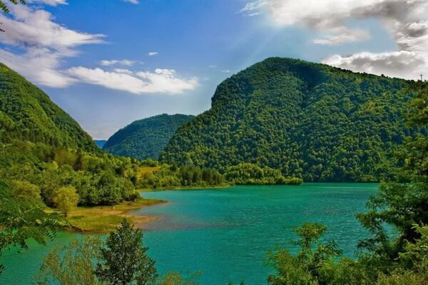 Маршруты походов по Грузии с фото и описанием мест - Озеро Тбикели
