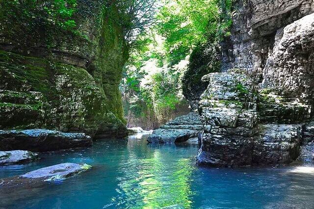 Мартвильский каньон - чудо природы Грузии