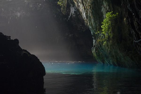 История открытия пещеры Мелиссани