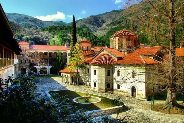 Монастыри Болгарии с фото и описанием - Бачковский монастырь