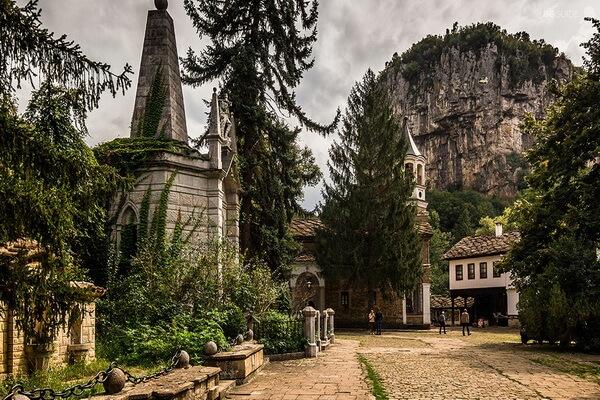 Монастыри Болгарии с фото и описанием - Дряновский монастырь