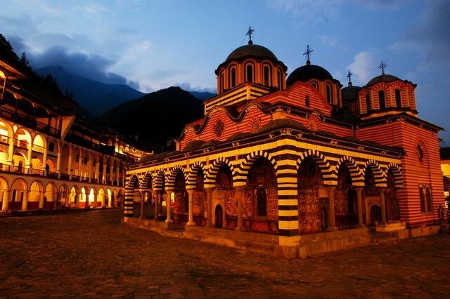 Монастыри Болгарии - фото, названия, описание