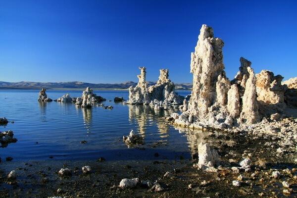 Солёное озеро Моно в Калифорнии - красивые фото