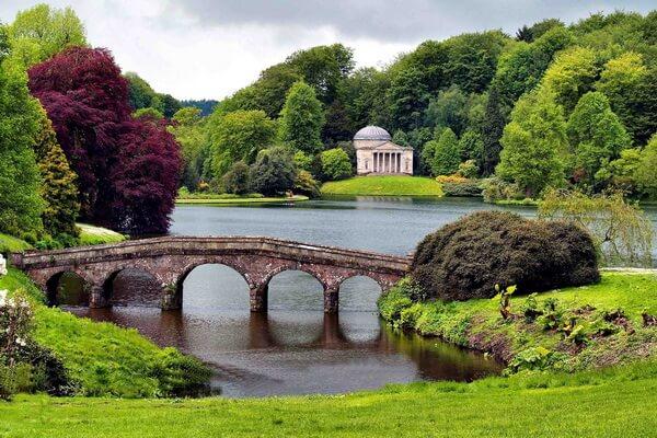 Самые красивые сады мира с фото и описанием - Сады поместья Стоурхед, Великобритания