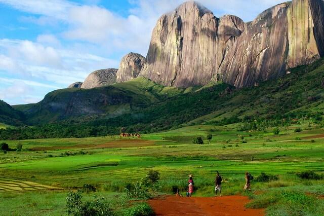 Горы Мадагаскара и их самые высокие вершины