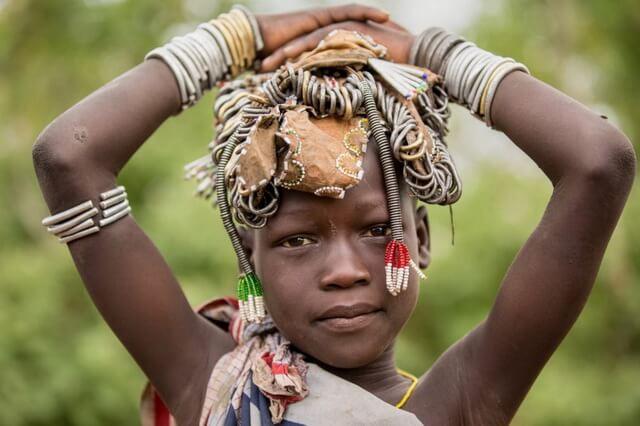 Племя мурси в Африке - быт, традиции, обычаи