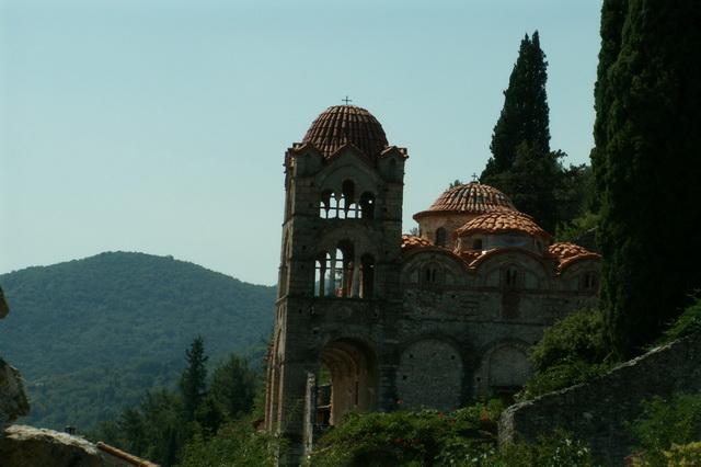 Уникальные храмы Мисты в Греции