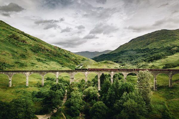 Путешествие на поезде по Европе - самые красивые жд маршруты с фото и описанием - Вест Хайленд Лайн в Шотландии