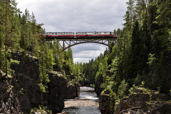 Путешествие на поезде по Европе - самые красивые жд маршруты с фото и описанием - Внутренняя линия (Inlandsbanan) в Швеции