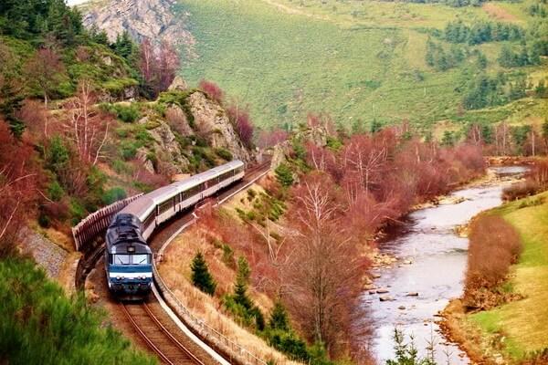 Путешествие на поезде по Европе - самые красивые жд маршруты с фото и описанием - Ж/д маршрут Севенны, Франция