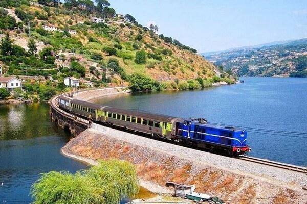 Путешествие на поезде по Европе - самые красивые жд маршруты с фото и описанием - Линья до Дору, Португалия