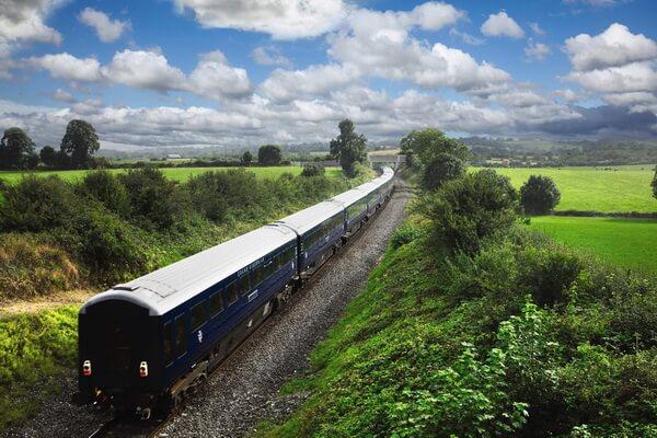 Путешествие на поезде по Европе - самые красивые жд маршруты с фото и описанием - Белмонд Гранд Хиберниан в Ирландии