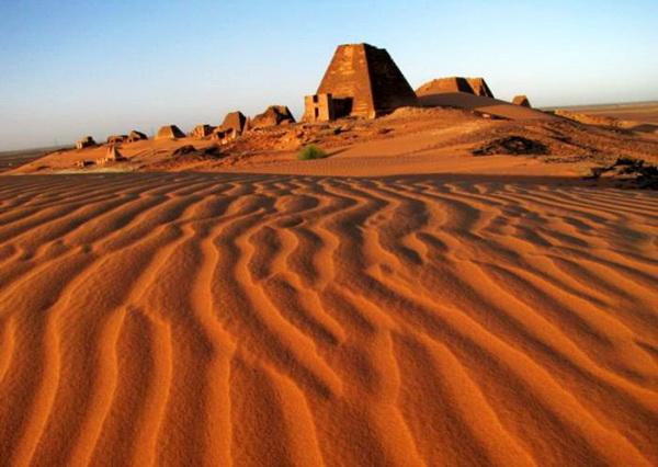 Загадки пирамид в Мероэ