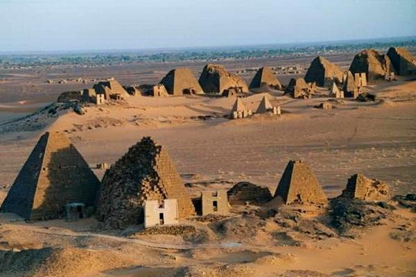Как самостоятельно добраться к пирамидам Мероэ