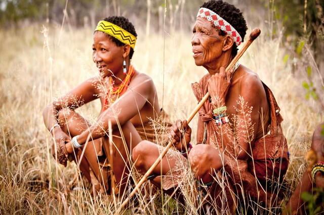 Племя бушменов в Африке - быт, традиции, обычаи