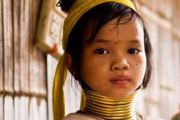 Традиции племя падаунг
