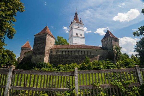 Достопримечательности Трансильвании - Укреплённая церковь Прежмер
