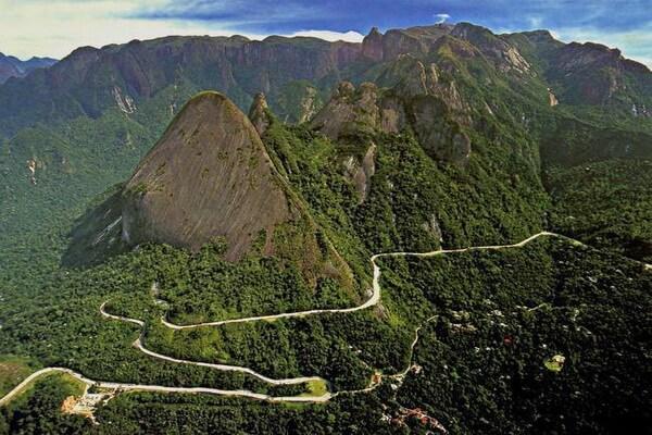 Природные достопримечательности Бразилии с фото и описанием - Горный хребет Серра-душ-Оргауш