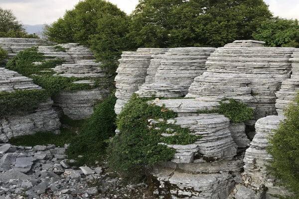 Природные достопримечательности Греции с фото и описанием - Каменный лес Петрино Дасос