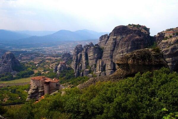 Природные достопримечательности Греции с фото и описанием - Скалы Метеоры