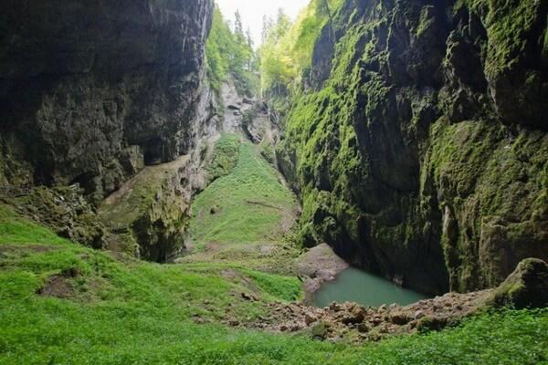 Пропасть Мацоха в Чехии и легенды о ней