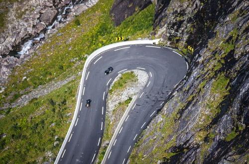 Дорога Троллей в Норвегии - одна из наиболее экстремальных трасс в мире