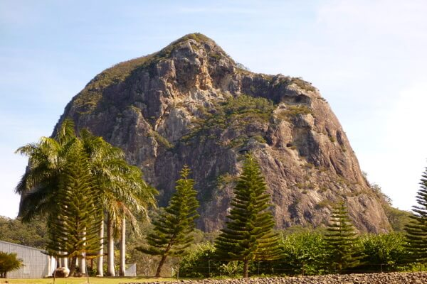 Лики на скалах - Гора Тиброгарган