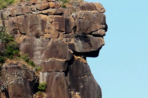 Лики на скалах - Пик Лаура в Гвинее - Леди Мали