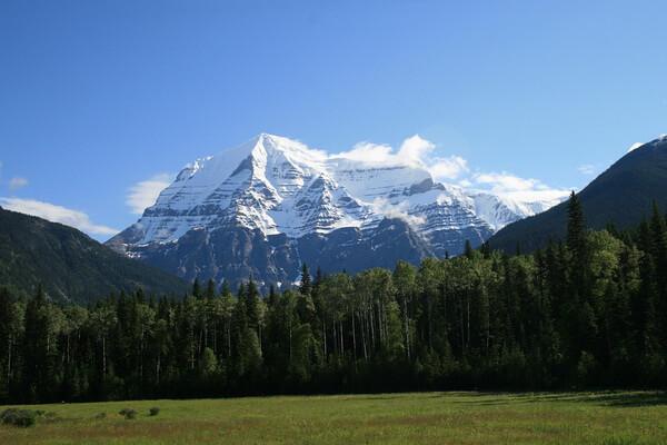 Гора Робсон – наивысшая вершина Скалистых гор Северной Америки