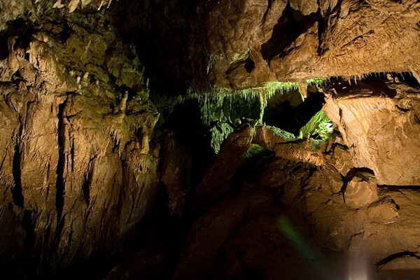 Горы Родопы и их достопримечательности - Ягодинская пещера