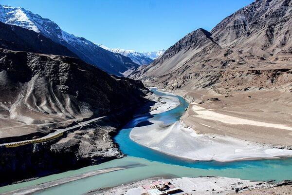 Самые длинные реки Азии с фото и описанием - Река Инд (3180 км)
