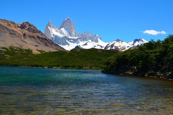 Самые красивые горы в мире с фото и описанием - Серро-Торре на границе Чили и Аргентины