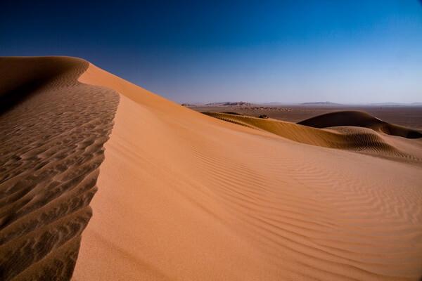 Самые красивые пустыни мира с фото и описанием - Пустыня Симпсон в АвстралииСамые красивые пустыни мира с фото и описанием - Пустыни Аравийского полуострова, Руб-эль-Хали