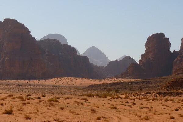 Самые красивые пустыни мира с фото и описанием - Пустыня Симпсон в АвстралииСамые красивые пустыни мира с фото и описанием - Негев, Израиль