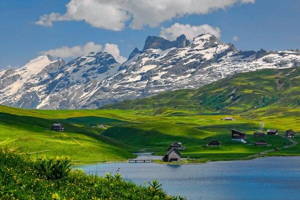 Самые протяжённые горные хребты Европы с фото и описанием - Альпы (1200 км)