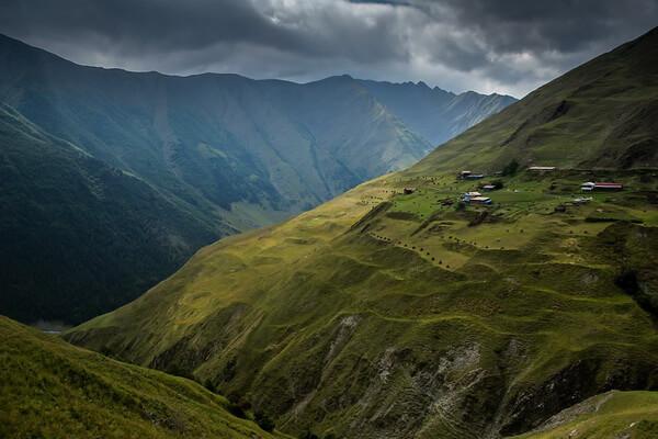 Самые протяжённые горные хребты Европы с фото и описанием - Кавказ