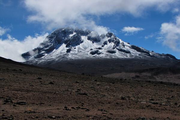 Самые высокие горы Африки с фото и описанием - Мавензи (Килиманджаро)