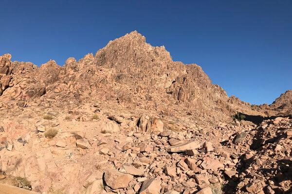 Горы Саудовской Аравии - Эль-Лауз или библейская гора Синай