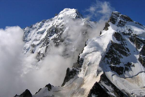 Дыхтау - вторая самая высокая гора Кавказа