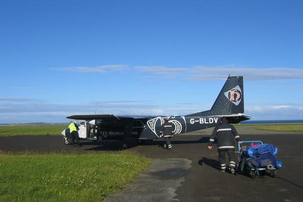 Самый короткий авиарейс в мире связывает шотландские острова Уэстрей и Папа-Уэстрей