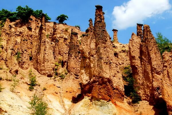 Природные достопримечательности Сербии с фото и описанием - Город Дьявола (Джаволя Варош)