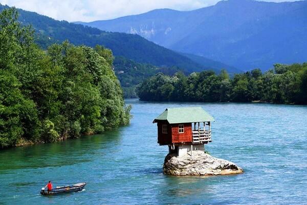 Природные достопримечательности Сербии с фото и описанием - Река Дрина