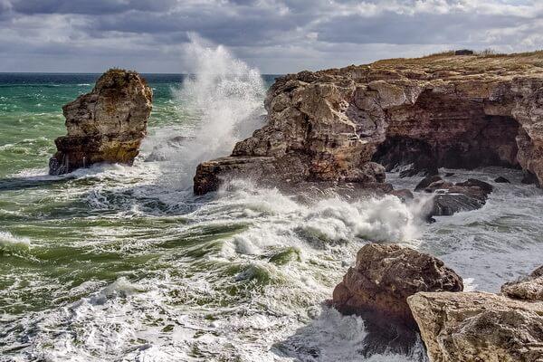 Скалы Болгарии с фото и описанием - Тюленьские скалы