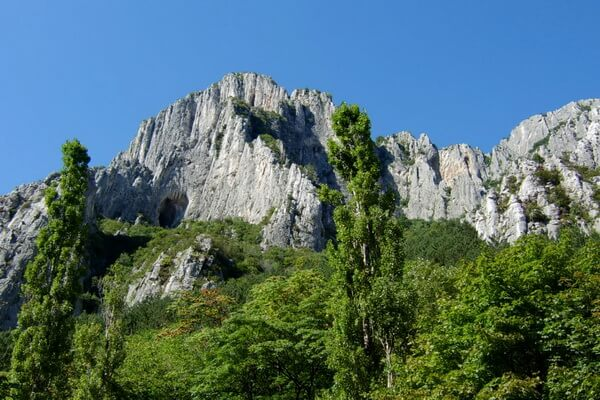 Скалы Болгарии с фото и описанием - Врацата