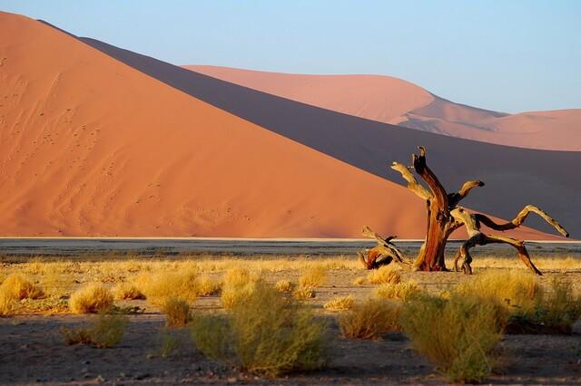 Плато Соссусфлей и Мёртвая долина - природные достопримечательности Намибии