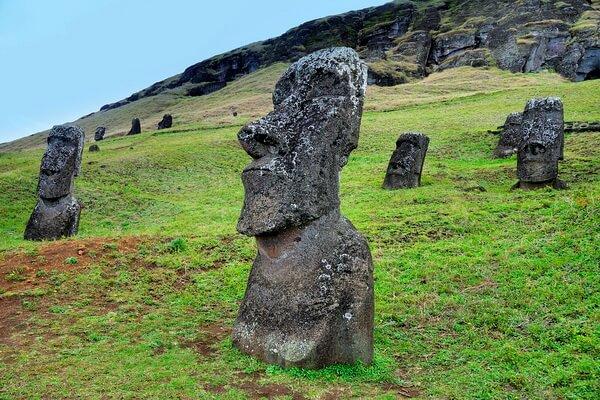 История статуй моаи