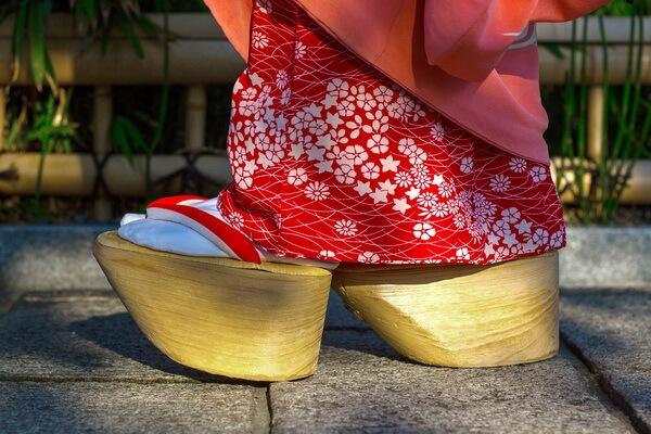 Традиционная японская обувь - Окобо