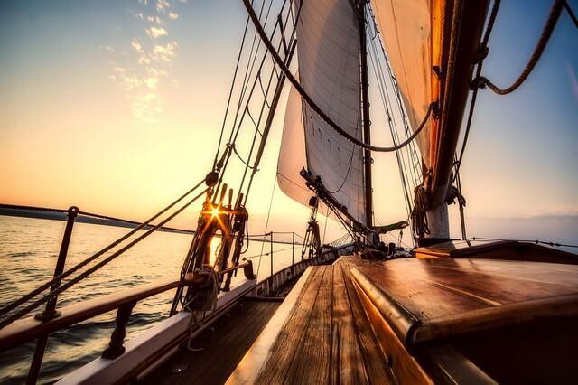 Прогулки на яхте - увлекательное хобби и приключение